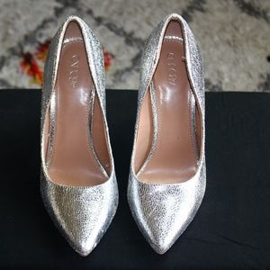Abound Silver Platform Pumps Size 8